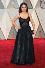 oscars-red-carpet-1630-salma-hayek-superjumbo-v2