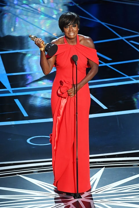 viola-davis-best-supporting-actress-win-1f5656df-387a-4535-849e-80d68664e913